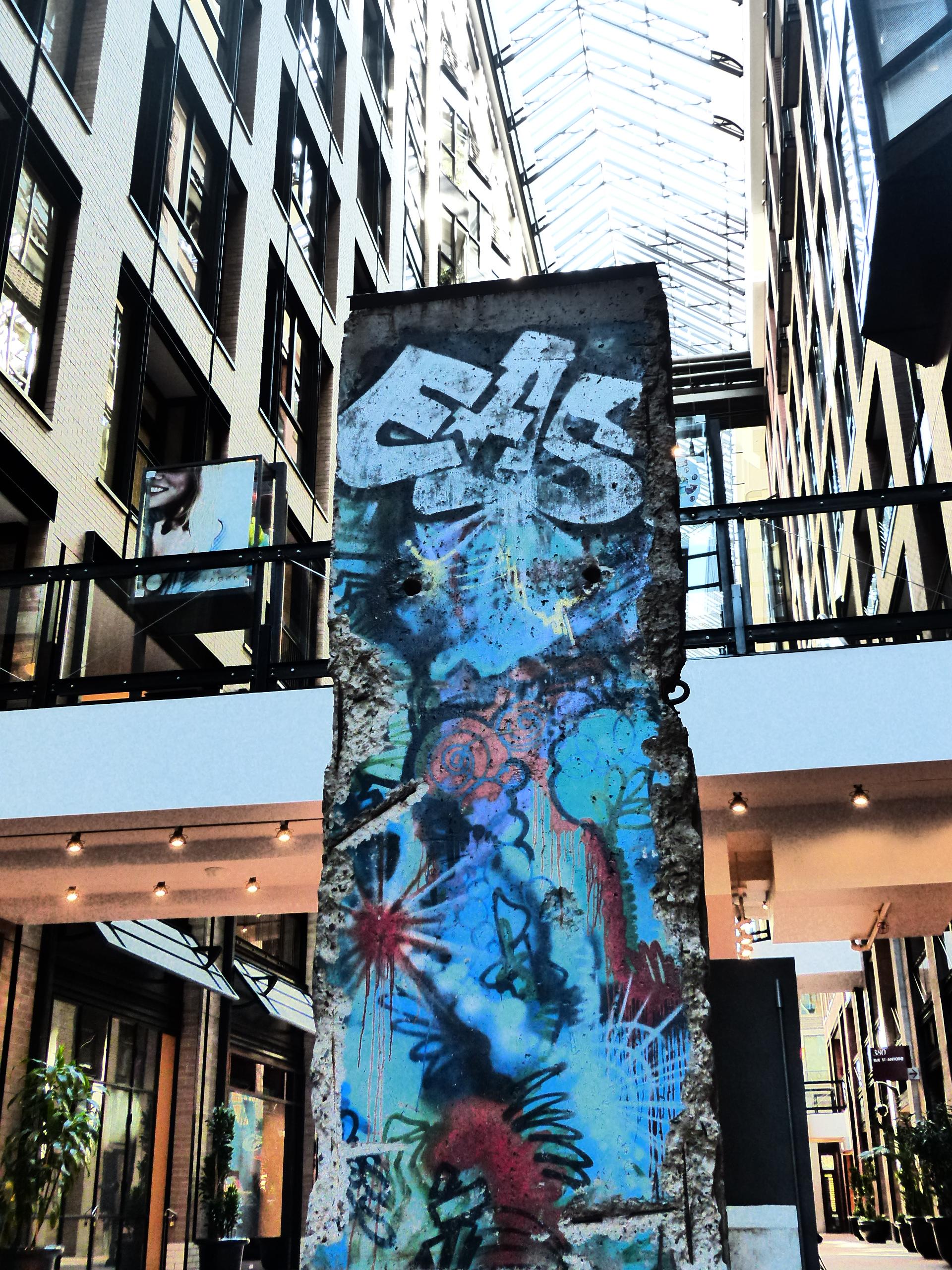 Montreal, Mur de Berlin