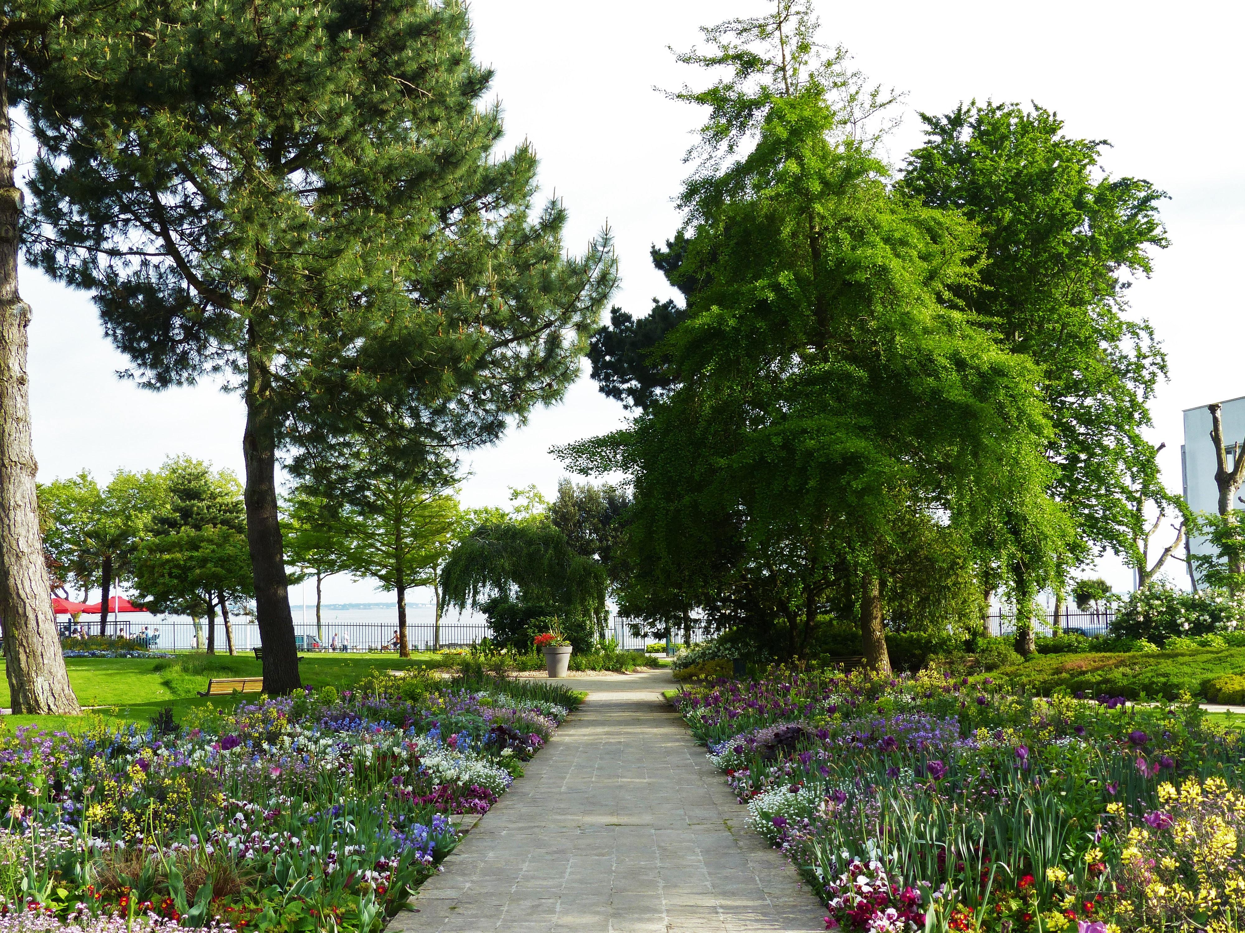 Le jardin des plantes de saint nazaire for Jardin des plantes
