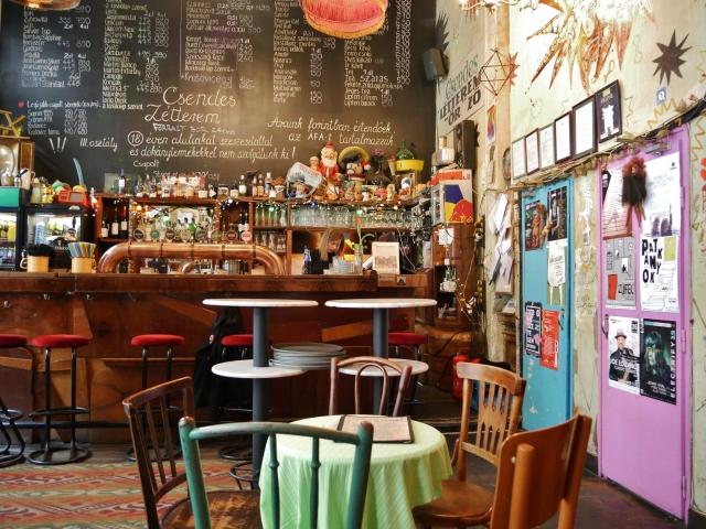Budapest - Csendes Vintage Bar & Cafe
